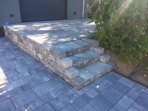 Treppen aus Natursteine: Pflasterbau